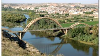 Puente sobre el Ebro y Sástago