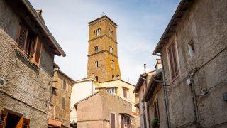 Torre de la catedral de Sutri