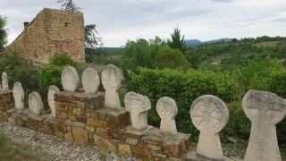 Estelas del cementerio, Usclas-du-Bosc