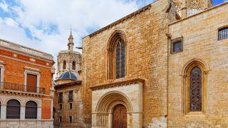Plaza de la Almoina y catedral, Valencia