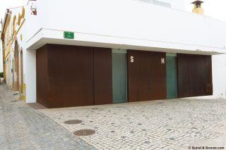 Aseos públicos de lujo en el centro de Alvaiázere