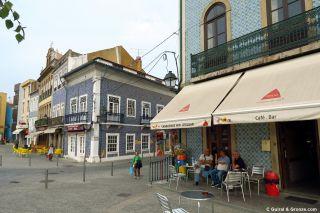 Fachada de azulejos en el centro de Águeda