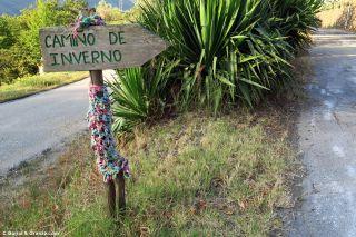 Cartel del Camino de Invierno a la entrada de Albaredos