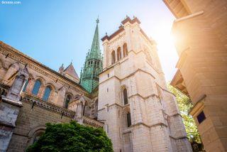 Fachada sur de la catedral de Saint-Pierre de Genève
