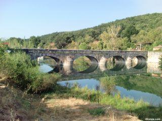 Puente romano de Mercadillo, sobre el río Esla