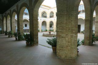 Claustro del antiguo convento del Carmen, Trigueros