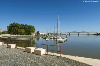 Embarcadero en el río Tajo, a la entrada de Vila Franca de Xira
