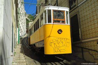 Uno de los tres funiculares de Lisboa