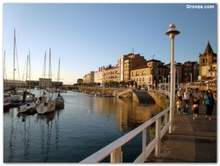 Puerto deportivo, Gijón