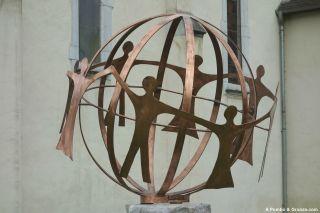 Monumento a los Caídos, Goès