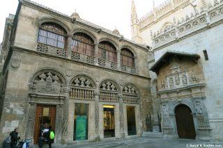 Exterior de la Capilla Real en la catedral de Granada
