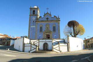Iglesia barroca en Arrifana