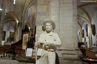 Interior de la abadía de Saint-Gilles
