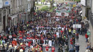 Manifestación en Santiago contra la reapertura de la mina de Touro (Foto: La Voz de Galicia)