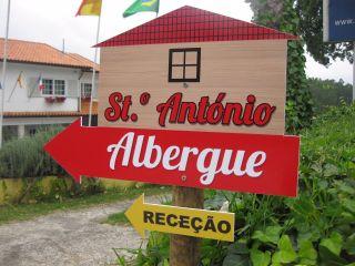 Cartel del albergue Santo António de Águeda