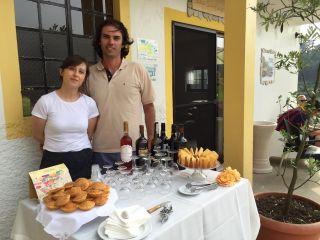 Ana y Julio, los propietarios