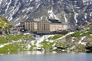 Hospicio Grand Saint-Bernard, donde se encuentra el albergue de peregrinos