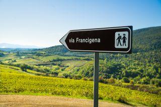 Señalización en la Vía Francígena