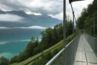 Hacia Interlaken, junto al lago Brienz
