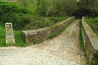 Puente medieval sobre el río Lambre, hacia Betanzos