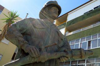 Monumento a los bomberos en Azambuja