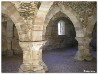 Monasterio de Moreruela (fuera del camino)