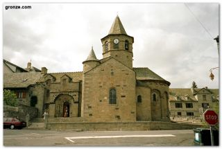 La iglesia de Nasbinals