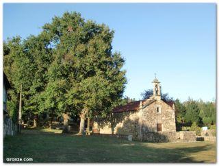 Ermita de Santiago, Outeiro
