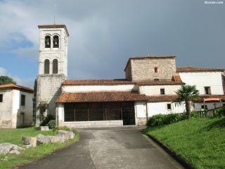 Iglesia de San Acisclo, Pendueles