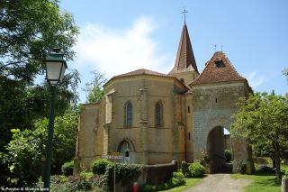 Iglesia y torre con arco, Pouylebon