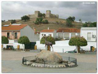 Plaza de Andalucía, El Real de la Jara