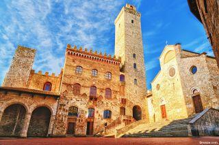 Ayuntamiento y catedral de San Gimignano