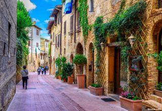 Calle medieval de San Gimignano