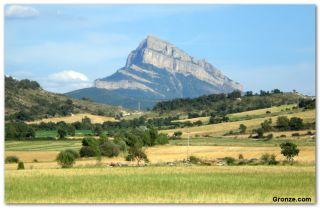 Peña Oroel (1.769 metros de altitud), de camino a Santa Cilia