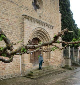 Portada de la iglesia de Teilhet