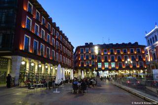 Terrazas En La Plaza Mayor De Valladolid Fotos Del Camino