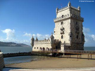 Torre de Belém en Lisboa, a la orilla del Tajo