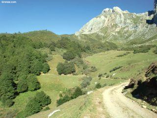 De camino a la Horcada de Valcavao